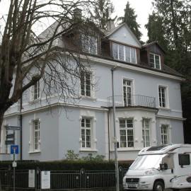 Energetische Dachsanierung mit neuen Gauben und Anbau neuer Balkon – Freiburg-Herdern