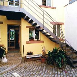 Umbau und Modernisierung einen Ensembles von zwei Wohnhäusern
