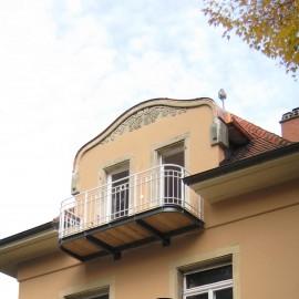 Umbau und Sanierung des Dachgeschosses einer denkmalgeschützten Villa in der Freiburg-Herdern