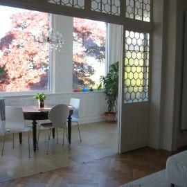 Denkmalgerechte Instandsetzung und Modernisierung der Erdgeschosswohnung in einer  Jugendstilvilla in Freiburg – Herdern