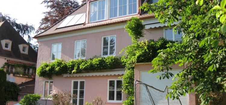 Umbau und Sanierung eines Wohnhauses von 1936 mit Schwimmbad Freiburg-Littenweiler